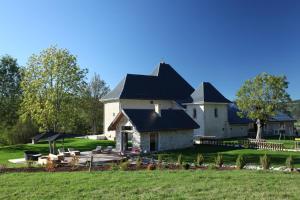 Chateau des Girards - Hotel - Lans en Vercors