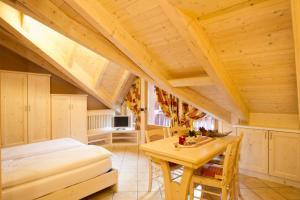 Chalet La Rugiada, Ferienwohnungen  Valdisotto - big - 39