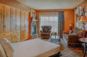 Big Sky Resort Village Center - Accommodation - Big Sky