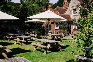 The Stag and Huntsman at Hambleden, Bed and Breakfasts  Henley-on-Thames - big - 7