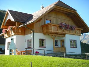 Ferienhaus Longa - Hotel - Weisspriach