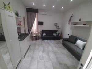 2 passi a Napoli - AbcAlberghi.com