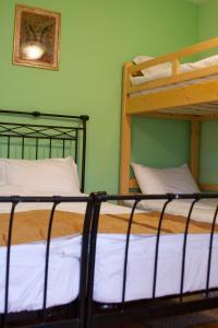 Country Club La Mesteceni, Gasthäuser  Sebeş - big - 9