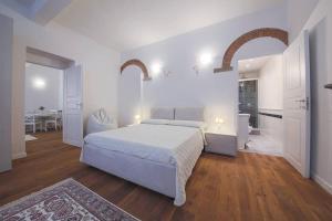 Alfani Charming Suite - AbcAlberghi.com