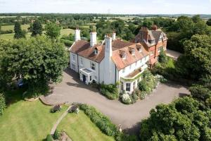 Wartling Place Country House, Guest houses  Herstmonceux - big - 1