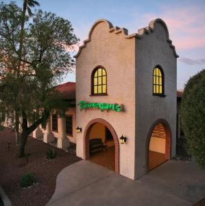 DoubleTree Suites by Hilton Tucson Airport, Hotels  Tucson - big - 55