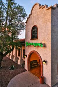 DoubleTree Suites by Hilton Tucson Airport, Hotels  Tucson - big - 36
