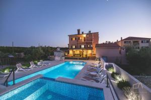 Mediterranean Luxury Villa Jele