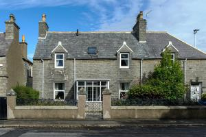 Charming Townhouse on North Coast 500 Route, Wick