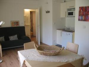 Appartement Formiguères, 2 pièces, 4 personnes - FR-1-295-68 - Hotel - Formiguères