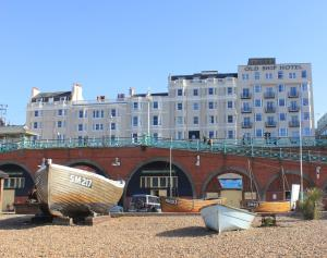 The Old Ship Hotel- Part of the Cairn Collection - Brighton and Hove