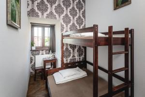 MoHo E Hostel