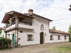 Alluring Holiday Home in Migliorini with Pool - Hotel - Migliorini