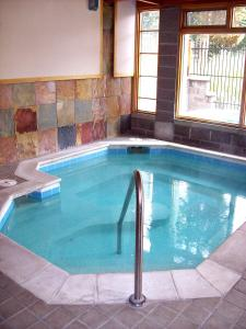 Trails End #207 - Ski-In/Ski-Out on Peak 9 - Pool and Hot Tub Access - Hotel - Breckenridge