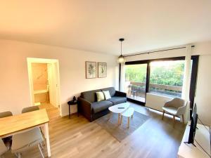 SOBNB- RUE JURA Appartement au calme, neuf proche douane - Hotel - Ambilly
