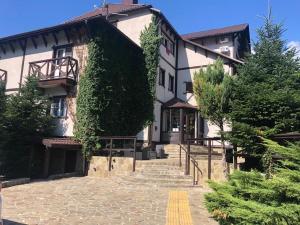 Отель Альпийский двор, Красная Поляна