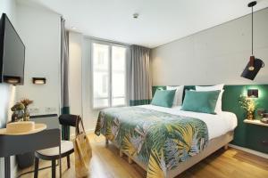 Location gîte, chambres d'hotes Le Basile Hôtel dans le département Paris 75