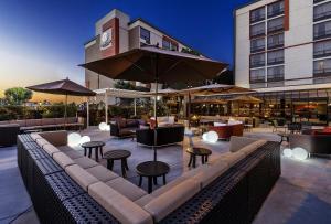 DoubleTree by Hilton San Bernardino - Hotel