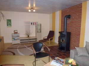 Ferienhaus Freytag, Apartments  Neuenkirchen - big - 8