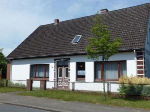 Ferienhaus Freytag, Apartments  Neuenkirchen - big - 2