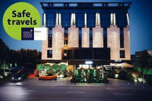 BERDS Chisinau Mgallery Hotel ..