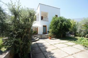 Apartment with one bedroom in Torre Colonna Sperone with wonderful mountain view shared pool enclosed garden