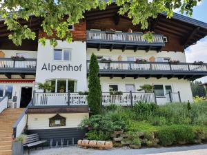 Alpenhof Hotel - Sankt Martin am Tennengebirge