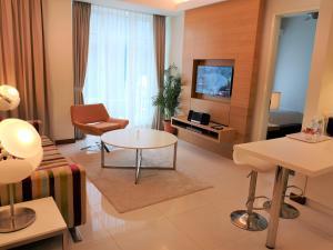 Cormar Suites