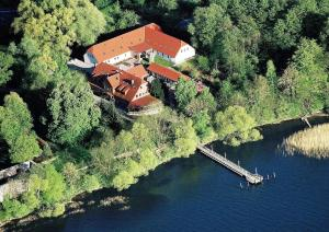 Seehotel Heidehof - Groß Vielen
