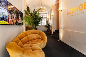 Lounge Apartments