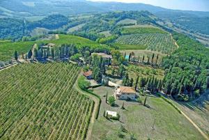 San Gimignano Apartment Sleeps 4 - AbcAlberghi.com