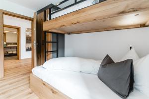 Cabin8 Alpine Flair Apartments