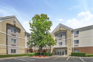 Candlewood Suites Huntersville-Lake Norman Area, an IHG Hotel