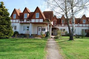 Ferienwohnung-Zierenberg - Bodenhausen