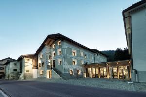 Chesa Stuva Colani - Hotel - St. Moritz