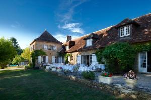Location gîte, chambres d'hotes Hotel La Métairie - Les Collectionneurs dans le département Dordogne 24