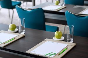 Holiday Inn - Dubai Festival City Mall, an IHG Hotel