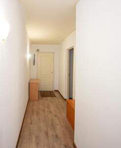 Old Town Apartment 3BR & 2BTHR