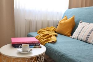 Anastacia Premium Apartment FREE Parking Self Checkin