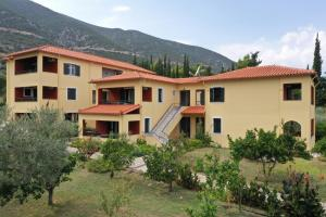 Magda Hotel Apartments Argolida Greece
