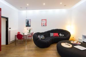 Modern stylish and comfy in trendy Jewish Quarter