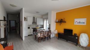 Appartamento Elisabethome Rimini Mare - AbcAlberghi.com