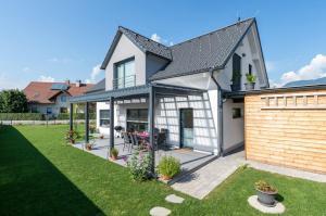Family house in Bled region
