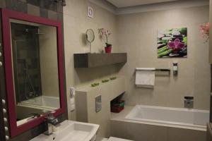 Apartament blisko Centrum 3 sypialnie 6 osób podziemny parking
