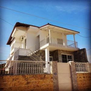 """""""La Vita""""apartment 10 min from the airport,near the sea!"""