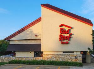 Red Roof Inn Erie – I-90