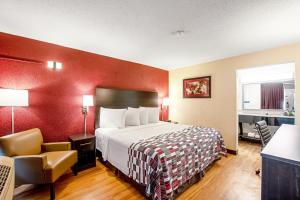 Red Roof Inn & Suites Battle Creek