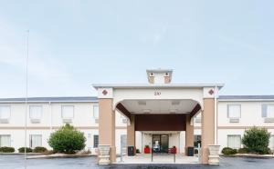 Red Roof Inn PLUS+ Danville, KY