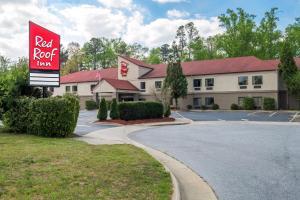 Red Roof Inn Hendersonville