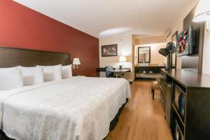 Red Roof Inn PLUS+ Baltimore North - Timonium